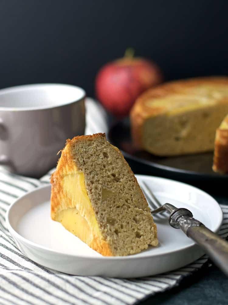 Healthy Almond Apple Cake