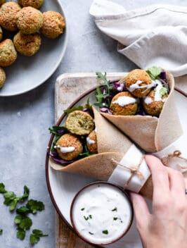 Falafel no forno com Wraps de trigo sarraceno