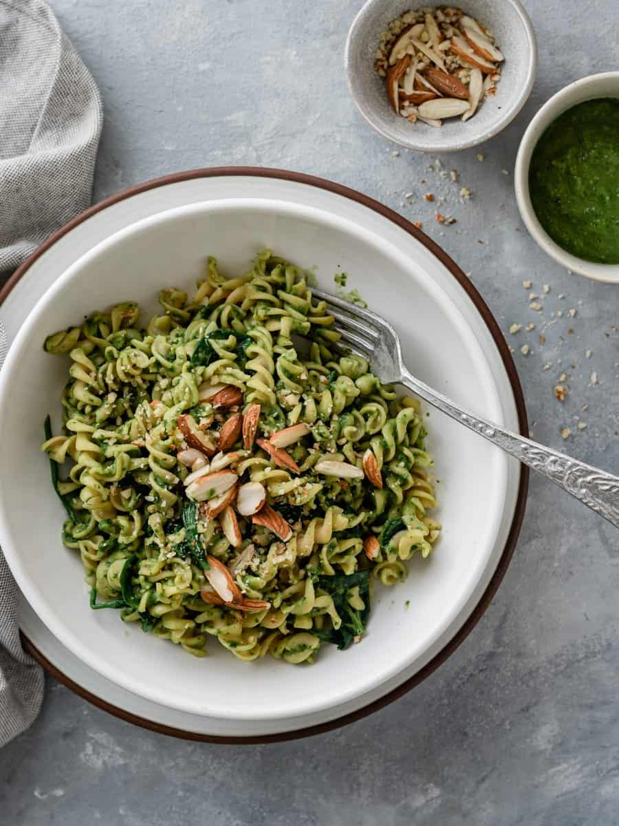 Pesto de espinafres e rúcula